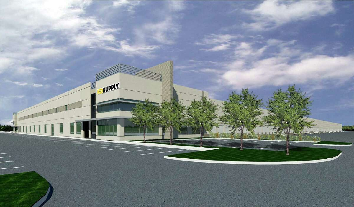 HD Supply Facilities Maintenance will be the anchor tenant for a 600,000-square-foot building going up in Pinto Business Park. The company has leased 500,000 square feet in the development, near the southwest corner of Beltway 8 and Interstate 45 North.