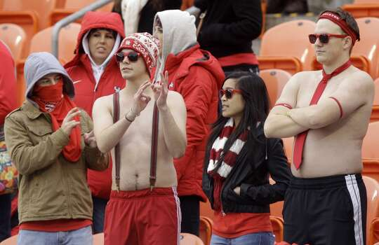 UH fans during the Cougars' game against Cincinnati. Photo: J. Patric Schneider, For The Chronicle