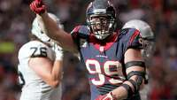 Source: Texans star Watt agrees to contract extension - Photo