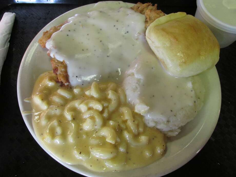 Chicken fried steak plate with mashed potatoes and mac and cheese at Lercy's Diner in Winnie. Photo: Cat5