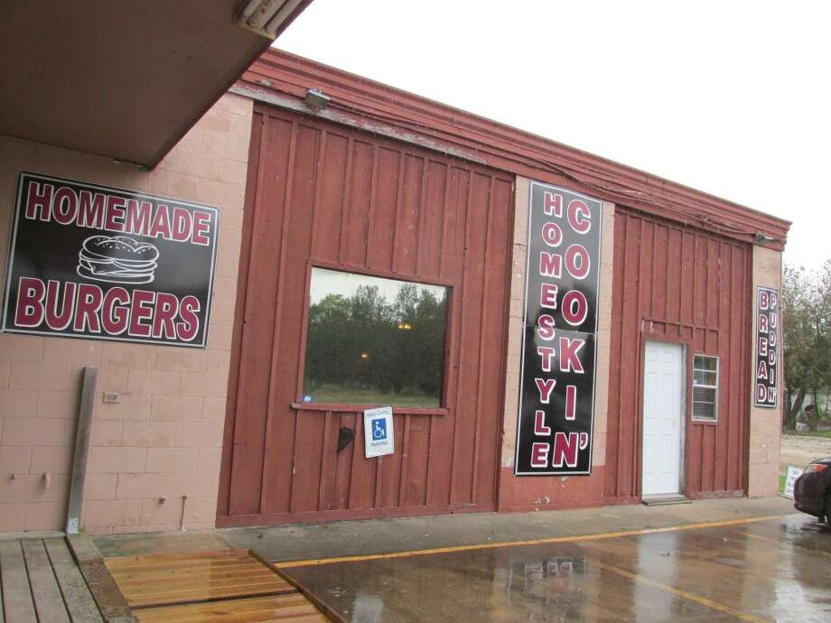 Lercy's Diner, a husband and wife-owned home-style restaurant in a converted 1950s gas station in Winnie. Photo: Cat5