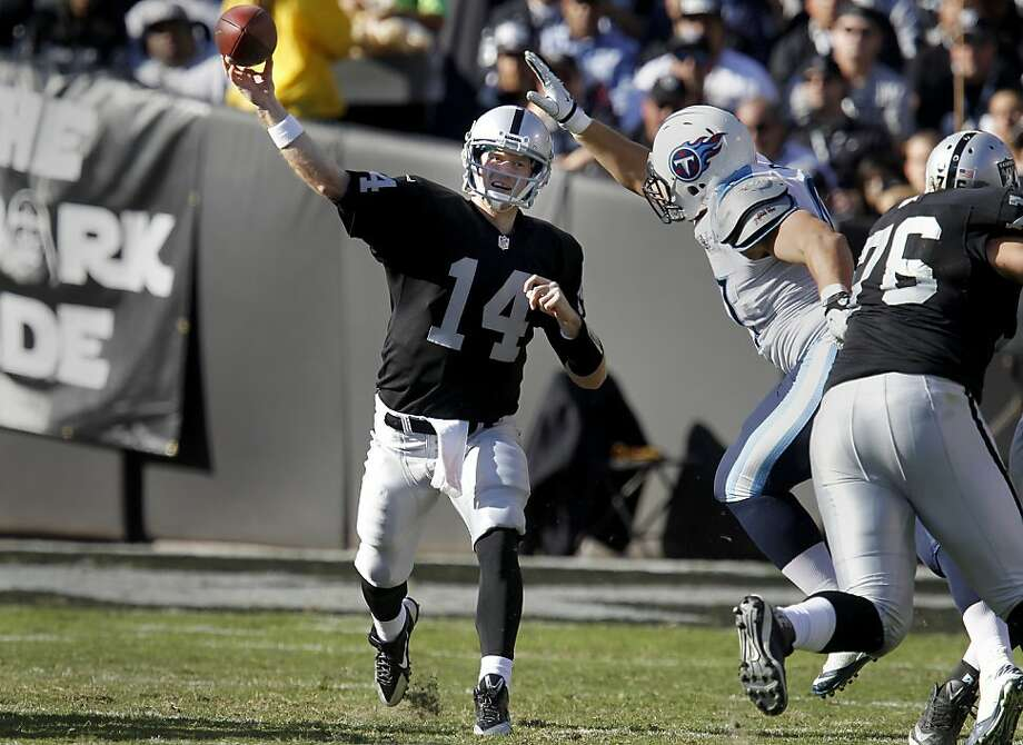 Matt McGloin releases a second-quarter pass. The Raiders' rookie went 19-for-32 for 260 yards with one touchdown. Photo: Brant Ward, The Chronicle