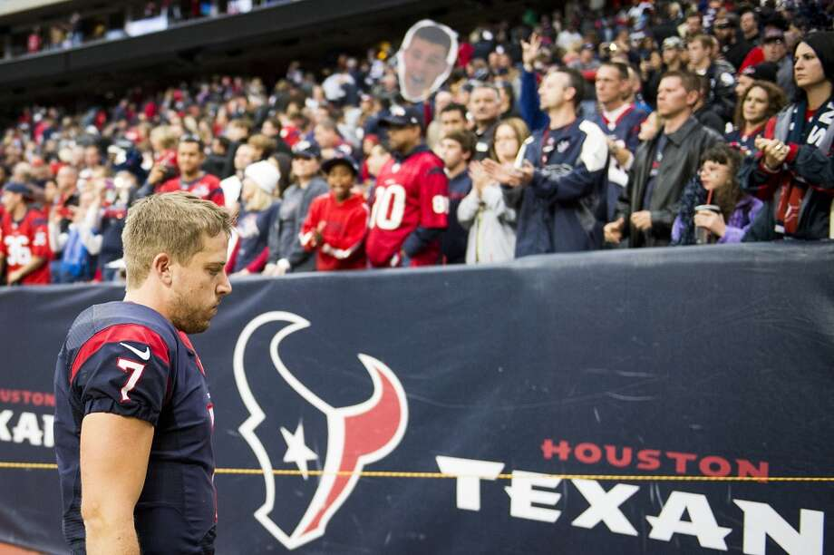 Texans quarterback Case Keenum walks off the field following a loss to the Jaguars. Photo: Smiley N. Pool, Houston Chronicle
