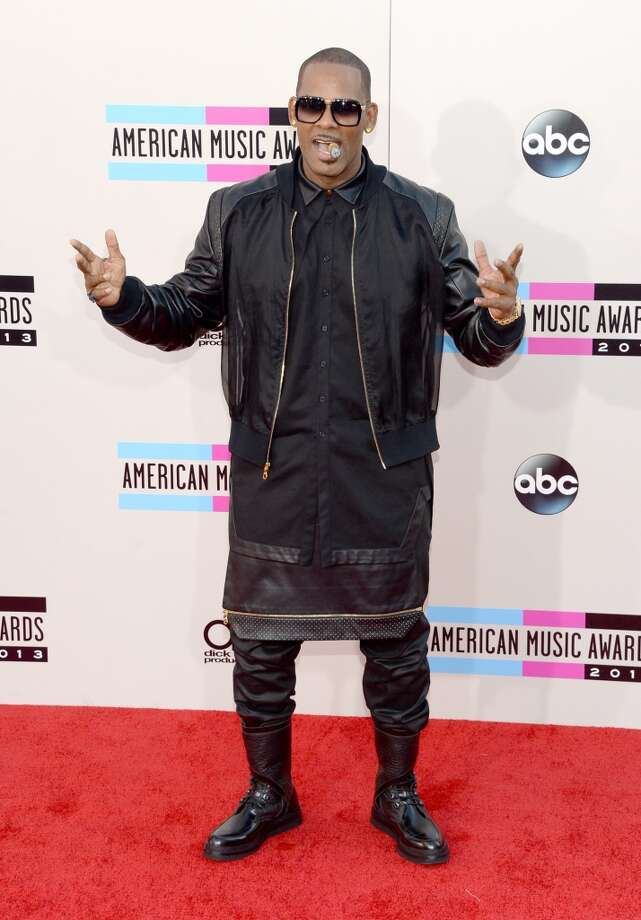 R. Kelly attends the 2013 American Music Awards at Nokia Theatre L.A. Live on November 24, 2013 in Los Angeles, California.  (Photo by Jason Kempin/Getty Images) Photo: Jason Kempin, Getty Images