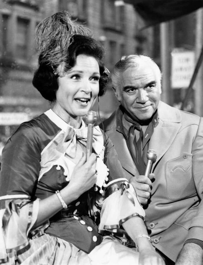 Hosts Betty White and Lorne Greene narrate during the 1967 Macy's Thanksgiving Day Parade. Photo: NBC, Getty Images / © NBC Universal, Inc.