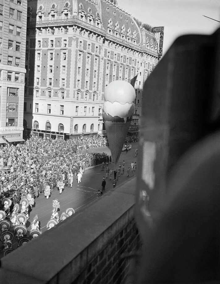 An ice cream cone balloon floats by during the 1946 Macy's Thanksgiving Day Parade. Photo: NBC, Getty Images / © NBC Universal, Inc.