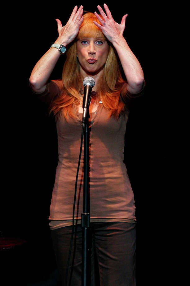 """""""My Life on the D-List"""" star Kathy Griffin brings her stand-up comedy act to the Majestic Theatre, Thursday, July 19, 2007.  Photo: NICOLE FRUGE, SAN ANTONIO EXPRESS-NEWS / SAN ANTONIO EXPRESS-NEWS"""