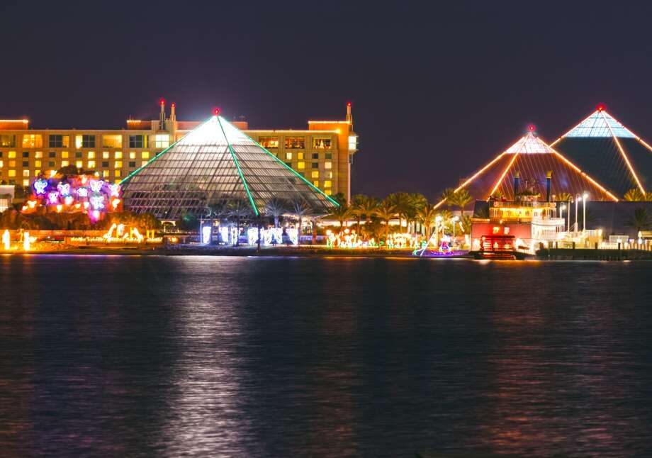 Moody Gardens in Galveston welcomes the season with a Festival of Lights. Photo: Courtesy Photo, Galveston CVB