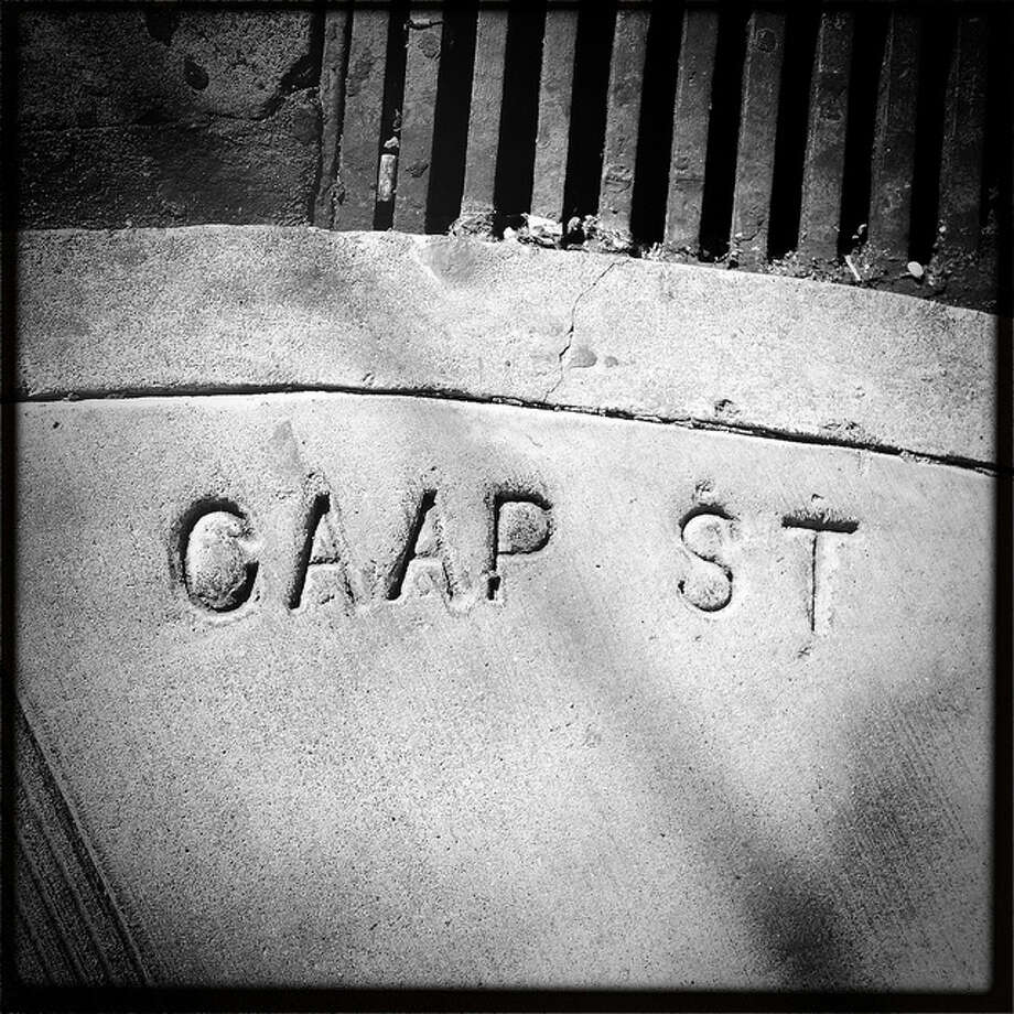 Wrong double-letter here. Capp as Caap, at 18th St. Photos: Flickr: Throgers Photo: Http://www.flickr.com/photos/throgers/sets/72157622211751522/
