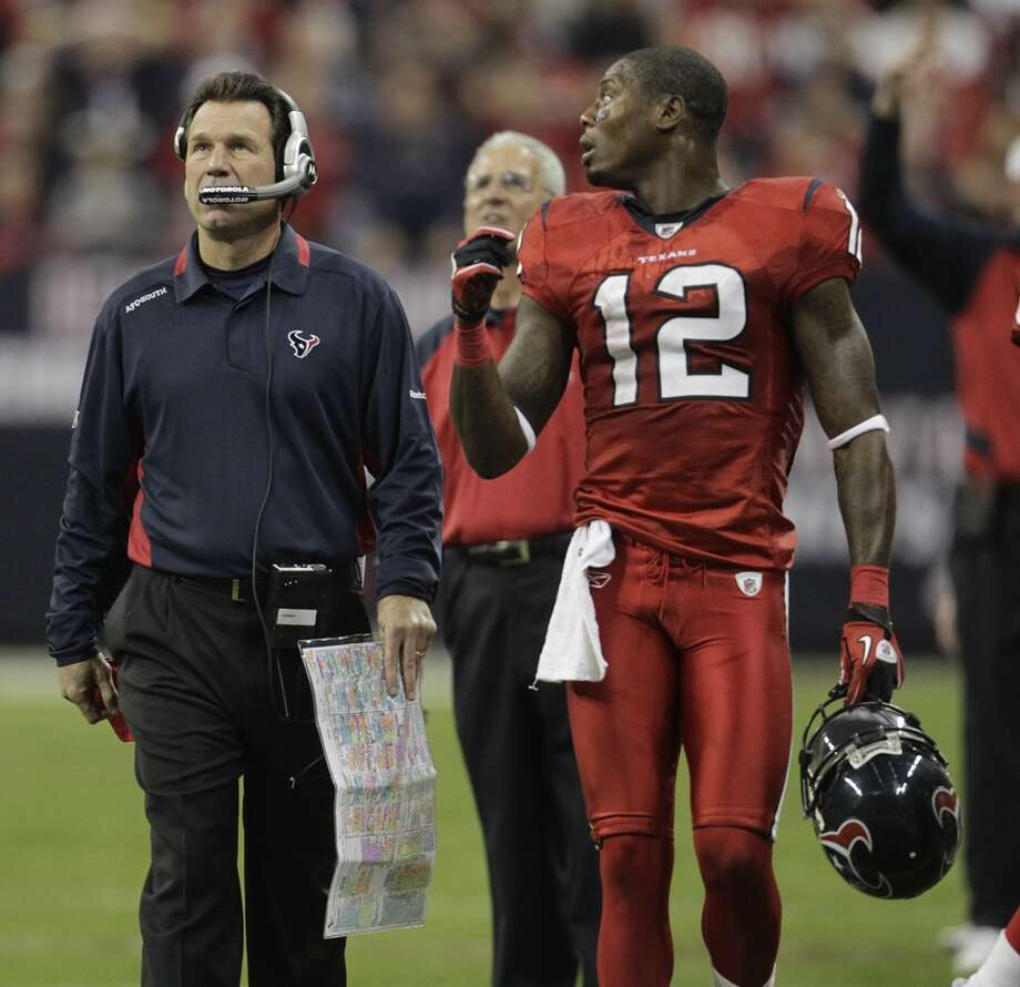 Gary Kubiak and Jacoby Jones walk on the sidelines during the Texans' 34-28 OT loss to the Baltimore Ravens on Dec. 13, 2010. Photo: Karen Warren, Houston Chronicle