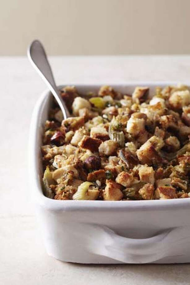 Stuffing will set you back 320 calories per cup. Photo: Maren Caruso, Getty Images / (c) Maren Caruso
