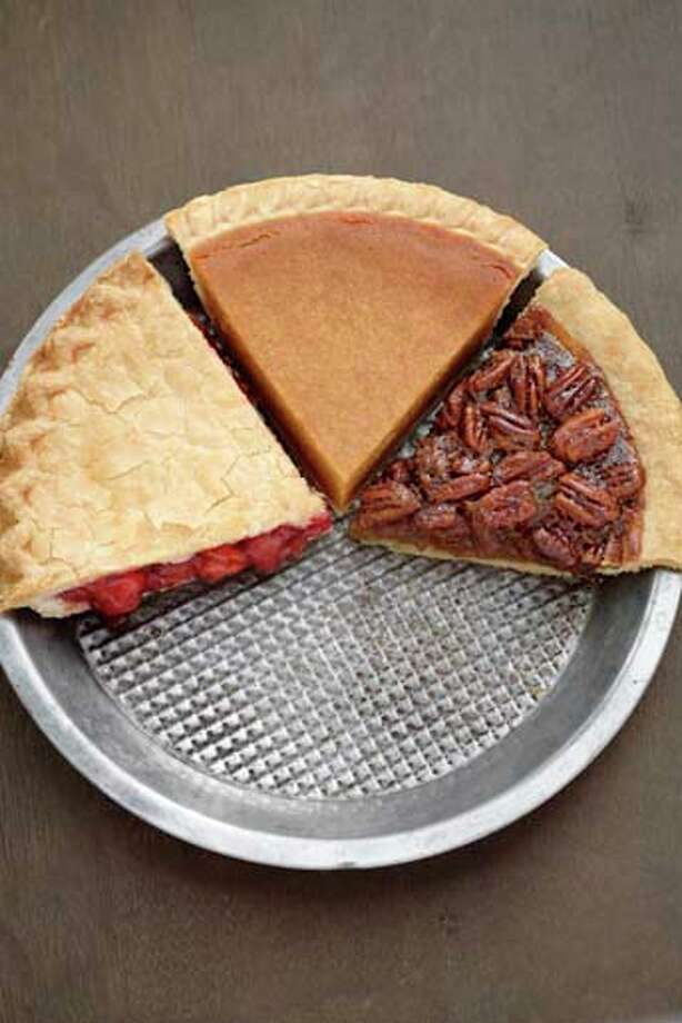 Pumpkin pie comes in at around 325 calories per slice. That sounds bad, until you compare it to cherry pie, which is 400 calories a slice. Pecan pie rakes in a whopping 500 calories per slice. Photo: John Block, Getty Images/Blend Images / Blend Images