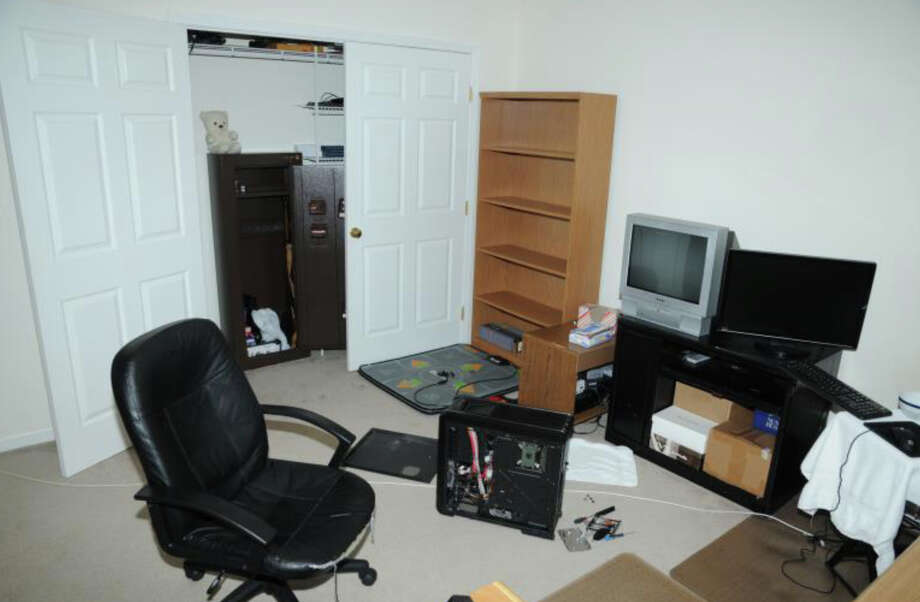 10- 2nd Floor computer room  Photos from the Report of the State's Attorney for the Judicial District of Danbury on the Shootings at Sandy Hook Elementary School and 36 Yoganda Street, Newtown Connecticut. Photo: Office Of The State's Attorney J / Connecticut Post contributed
