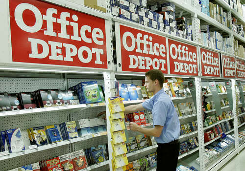 Office Depot: Opens at 8 p.m. Thanksgiving Day; www.officedepot.com Photo: PHIL COALE, Associated Press / AP