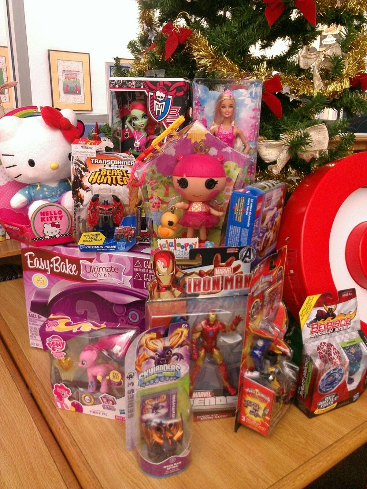 Which sales are worth clamoring for this Black Friday weekend? Students at Houston's Longfellow Elementary have some ideas. Here are the kids' picks for the top toys of 2013.