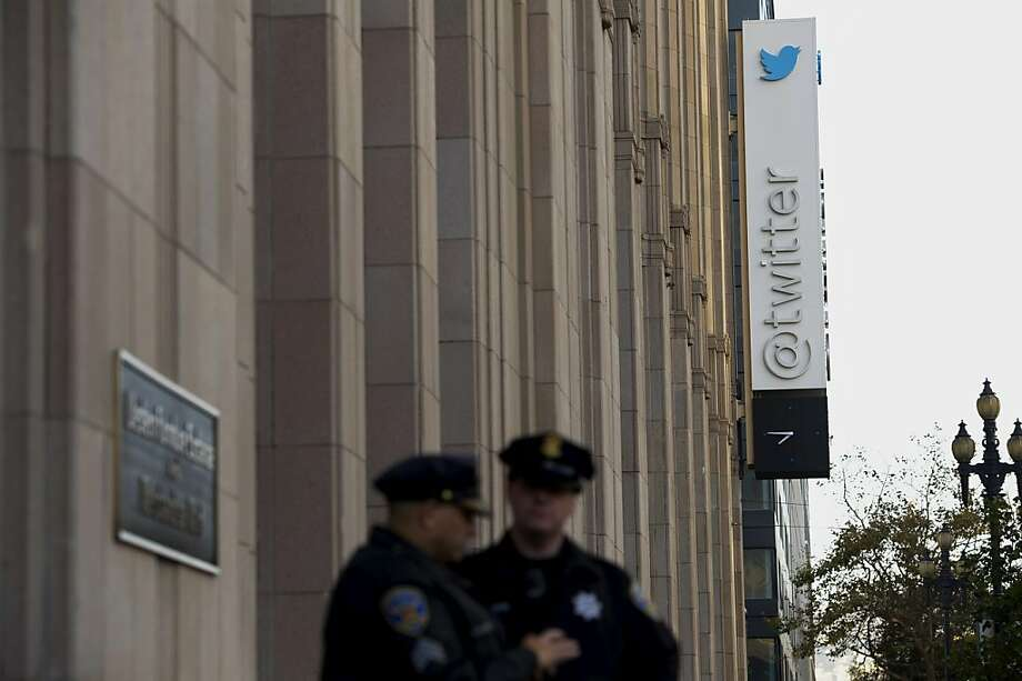 San Francisco's Twitter, which went public this month,  faces significant challenges as it trails Facebook in retail dollars. Photo: David Paul Morris, Bloomberg