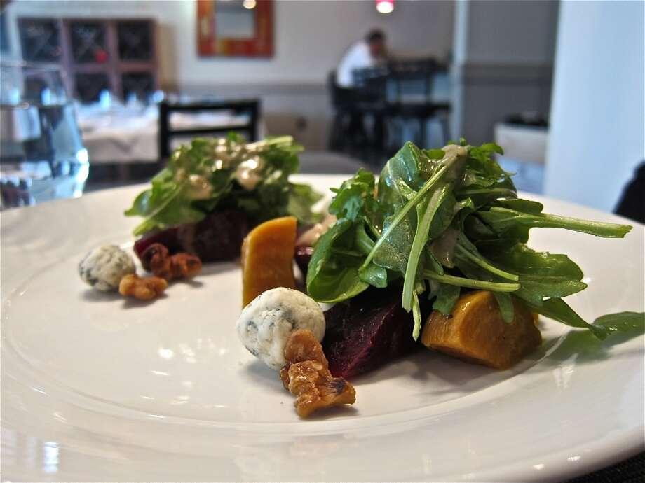 Beet salad with arugula and gorgonzola at La Balance