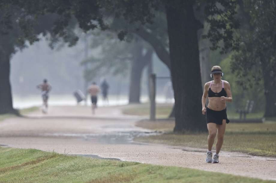 Only the most die-hard fitness fanatics can be spotted at Memorial Park before 7 p.m. (or at any one of these local outdoor trails, for that matter.) Photo: James Nielsen, Houston Chronicle