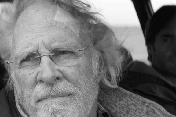 (Left to right) Bruce Dern is Woody Grant and Will Forte is David Grant in NEBRASKA, from Paramount Vantage in association with FilmNation Entertainment, Blue Lake Media Fund and Echo Lake Entertainment. NEB-FF-010