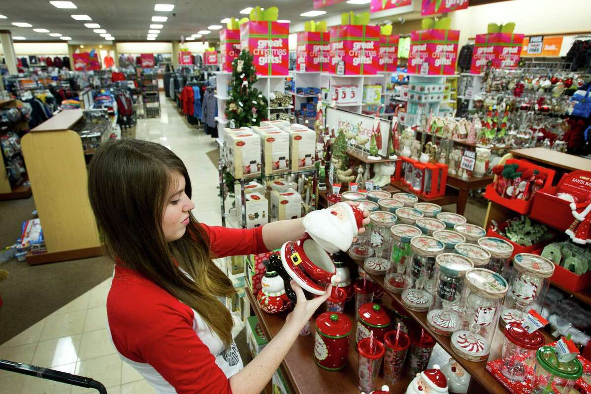 $716.20 Average amount people plan to spend on holiday gifts.