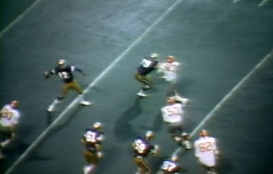 1975: Washington 28, Washington State 27 (Husky Stadium)