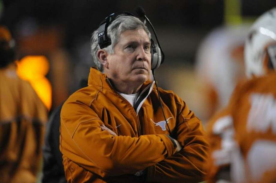 Mack can only wonder if Thanksgiving night is his last roundup at DKR.