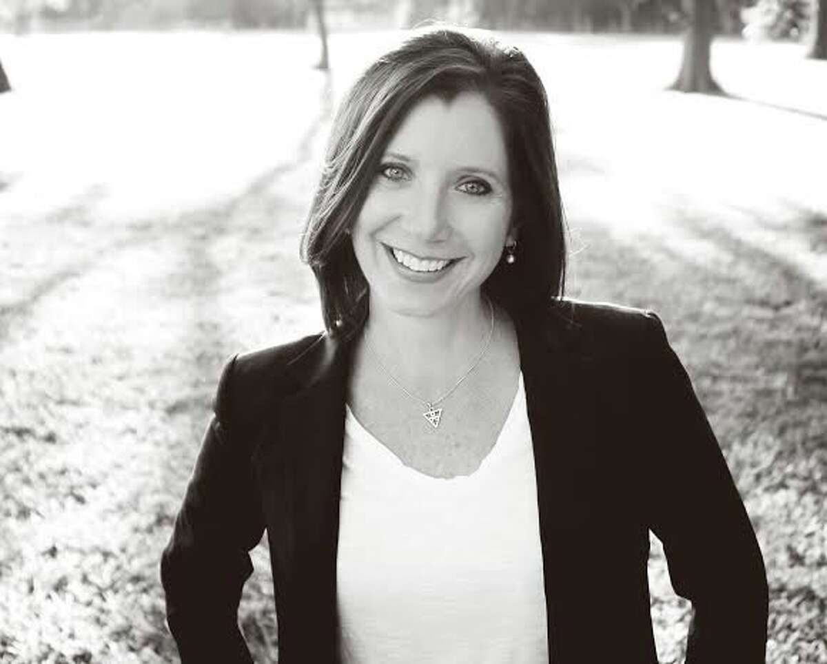 International speaker and author Shannon Deitz founded Hopeful Hearts Ministry in 2012 to provide support to fellow abuse survivors.