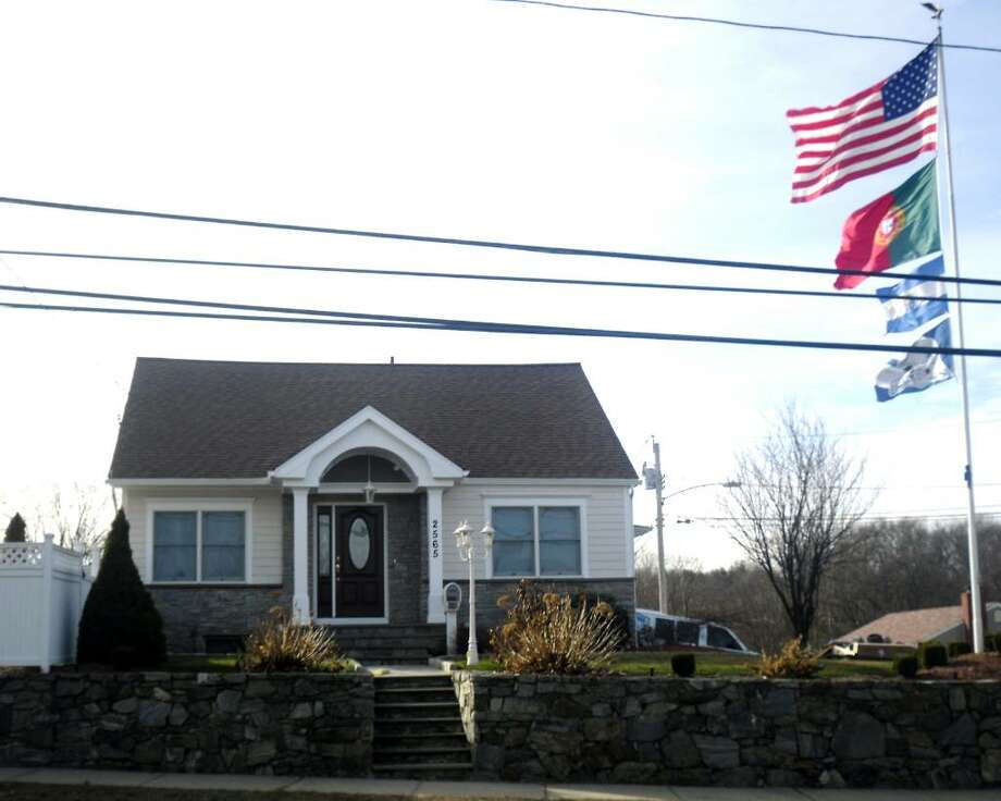 The home of Paulo and Julia Reis, at 2565 Madison Avenue in Bridgeport, Conn. was named one of the winners of the first monthly Mayor's Beautification Award. Photo: Keila Torres / Connecticut Post