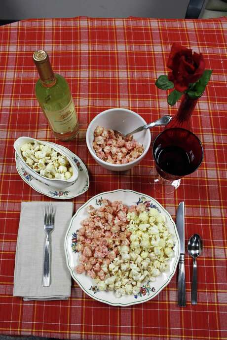 Thanksgiving Popcorn Feast: Popcorn from KingofPop.com tastes like thanksgiving. Flavors include Turkey / Stuffing / Gravy / Cranberry Sauce / Sweet Potatoes / Mashed Potatoes / Apple Pie / Pumpkin Pie / Strawberry Cheesecake Photo: Melissa Ward Aguilar