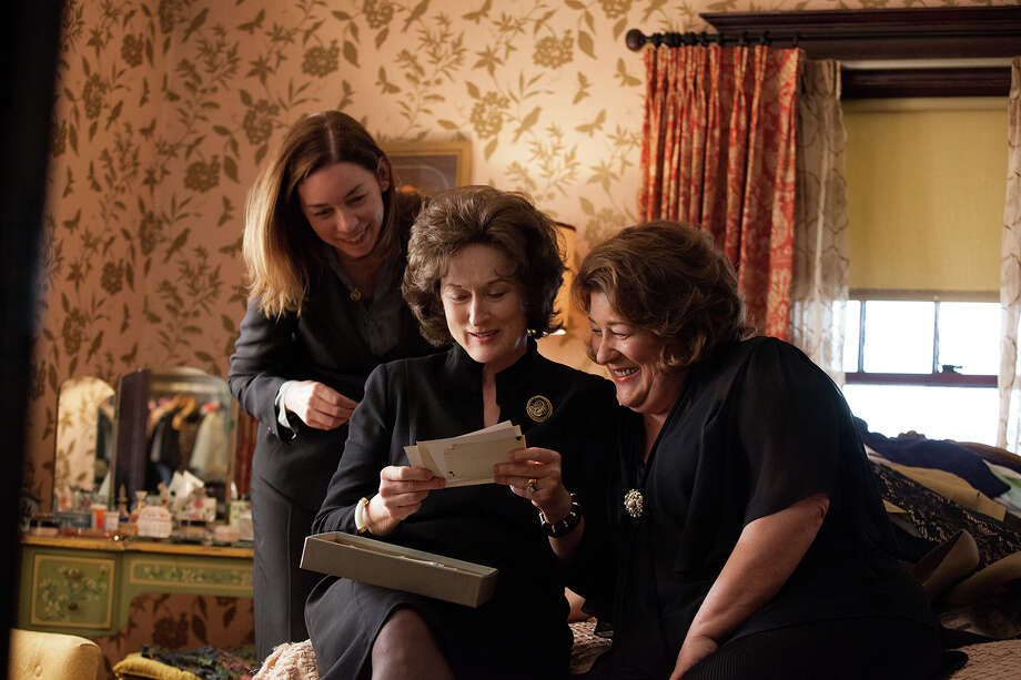 (Left to Right) JULIANNE NICHOLSON, MERYL STREEP, and MARGO MARTINDALE star in AUGUST: OSAGE COUNTY. Photo: CLAIRE FOLGER / © 2013 THE WEINSTEIN COMPANY. ALL RIGHTS RESERVED.