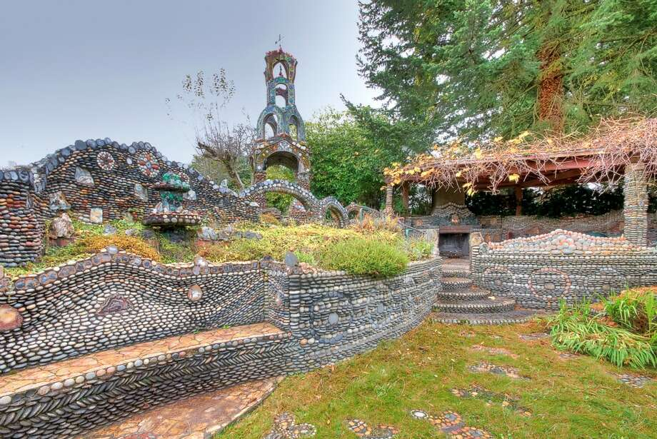 Rock garden of 5407 37th Ave. S.W. It's listed for $549,000. Photo: Fredric J. Ueckert,  Courtesy Brad Cooper,  Coldwell Banker Danforth