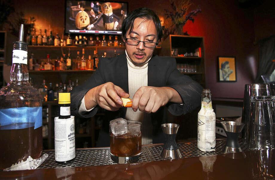Johnson Umaul makes an Ichabod's Lament drink.