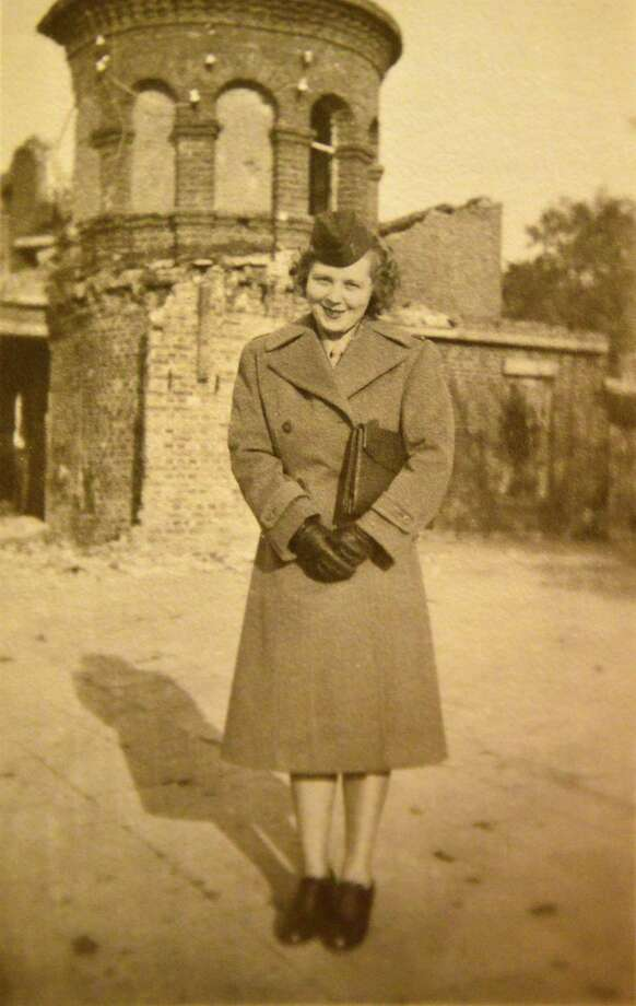 Photo courtesy of Calla Dever Osborne:  Calla Dever in 1945 Germany with the US Army Nurse Corps. Photo: JOHN CARL D'ANNIBALE / 00024728A
