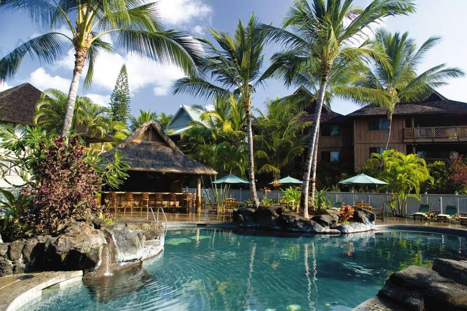 "Now through midnight Monday, Dec. 2 (Eastern time), Shell Vacations Hospitality and Wyndham Extra Holidays have ""Black Friday Suite Yourself"" discounts of 20 to 50 percent off at more than 30 U.S., Canadian or Caribbean resorts. One of 10 participating sites in Hawaii is Kona Hawaiian Resort  (pictured), where rates for a two-bedroom condo start at $207.35 a night, instead of $319, for three-night-minimum stays through May 22. Follow link for details. Photo: Wyndham Kona Hawaiian Resort"
