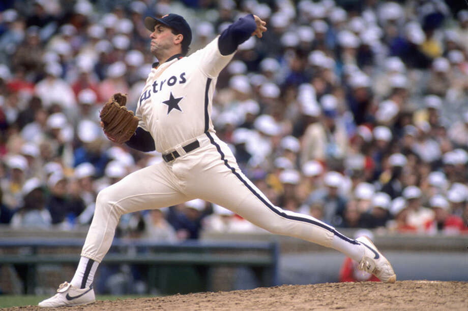 Jim Deshaies #43 of the Houston Astros pitches during a 1989 season game. (Photo by: Jonathan Daniel/Getty Images) Photo: Jonathan Daniel, Getty Images / 1989 Getty Images