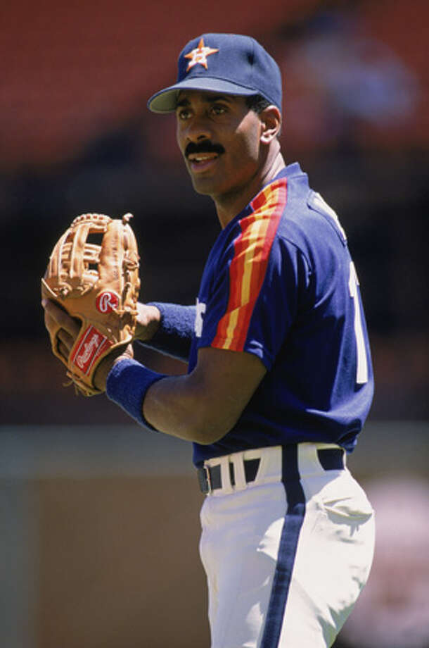 Kevin Bass of the Houston Astros looks to throw the ball before a game in 1989.   (Photo by Otto Greule Jr /Getty Images) Photo: Otto Greule Jr, Getty Images / 1989 Getty Images