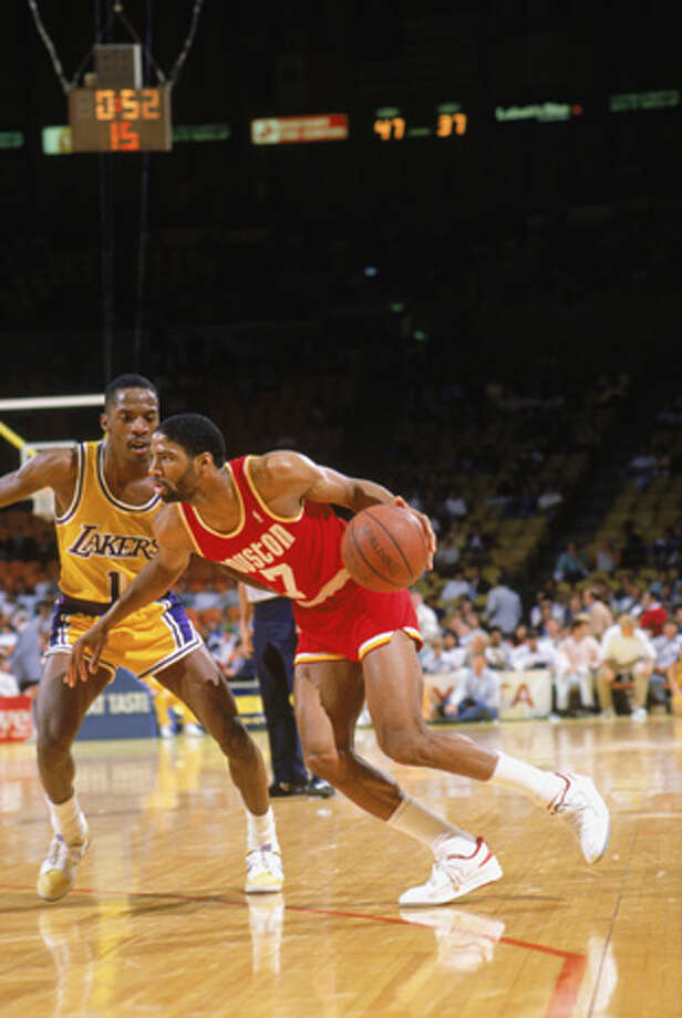 Lester Conner #7 of the Houston Rockets drives during a game in the 1987-88 season against the Los Angeles Lakers at the Forum in Inglewood, California.  Photo: Mike Powell, Getty Images / 1987 Getty Images
