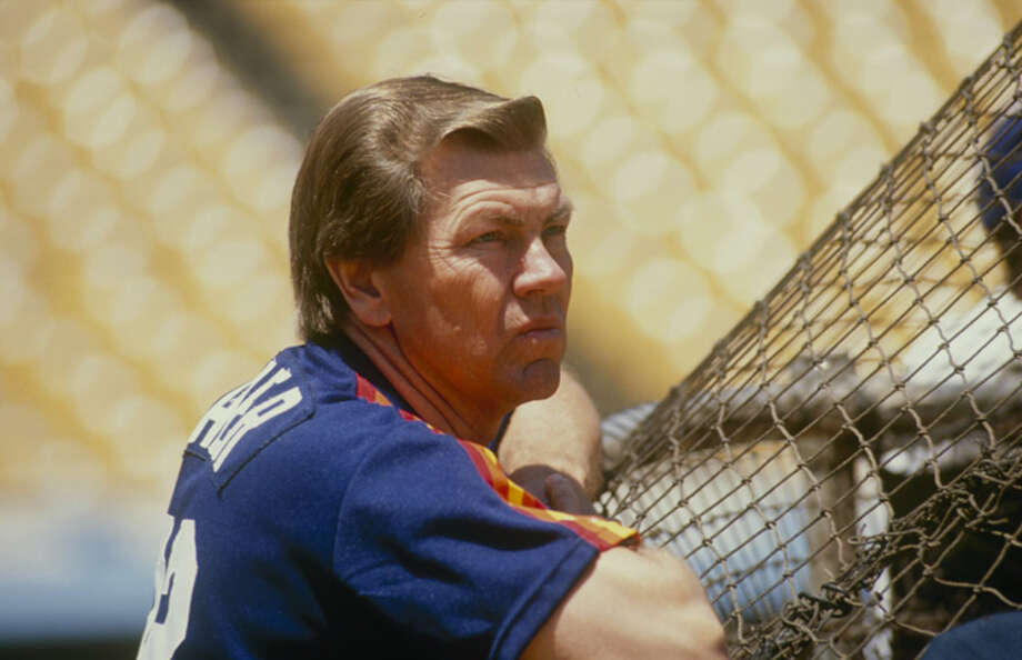 Manager Hal Lanier of the Houston Astros looks on before a circa 1986 game against the Los Angeles Dodgers at Dodger Stadium in Los Angeles, California. Photo: Bud Symes, Getty Images / 1986 Getty Images