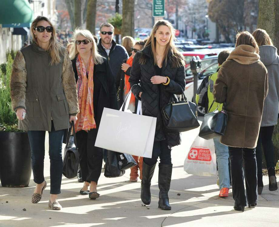 Black Friday shopping on Greenwich Avenue, Friday afternoon, Nov. 29, 2013. Photo: Bob Luckey / Greenwich Time