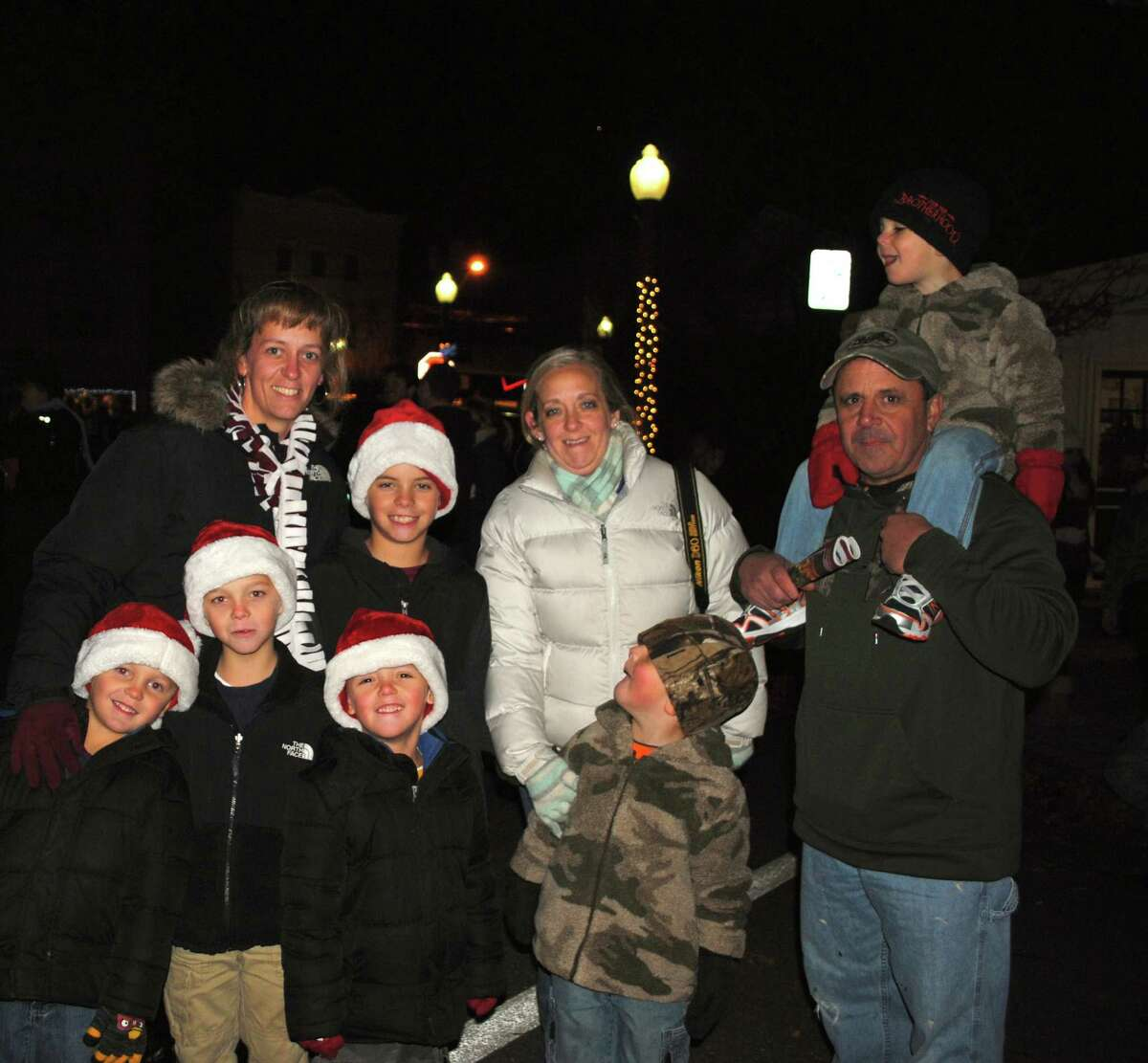 Were you SEEN at the Bethel Chamber of Comerce's Annual Tree Lighting? Friday, November, 29, 2013.