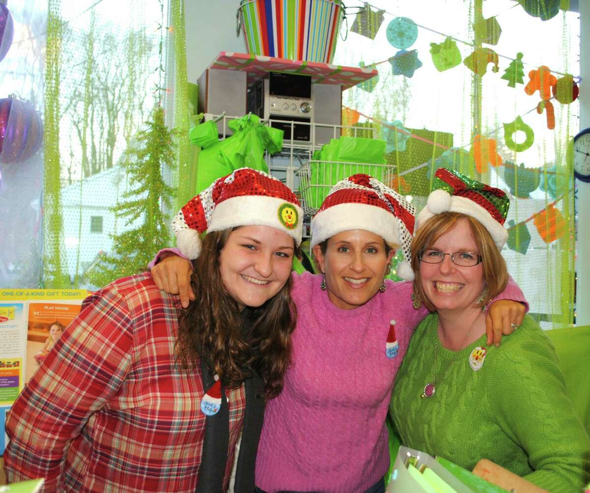 Were you SEEN at the Bethel Chamber of Comerce's Annual Tree Lighting? Friday, November, 29, 2013. Kimberly Ramsey and employees of The Toy Room.