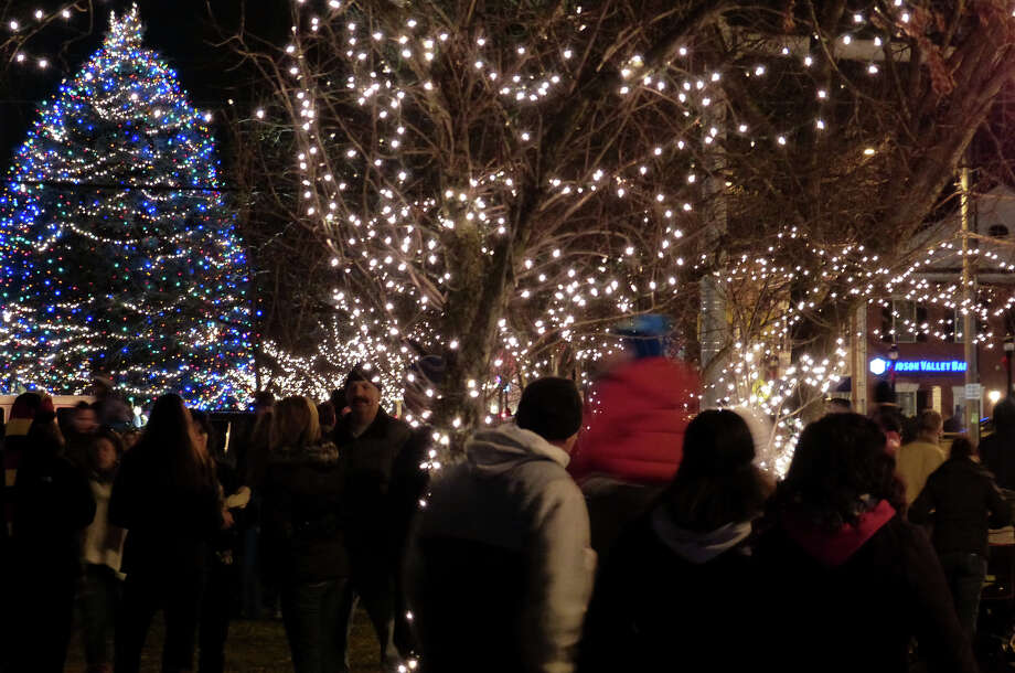 The annual Festival of Lights and Tree Lighting on the historic Milford Green in Milford, Conn. on Friday November 29, 2013. Photo: Christian Abraham / Connecticut Post