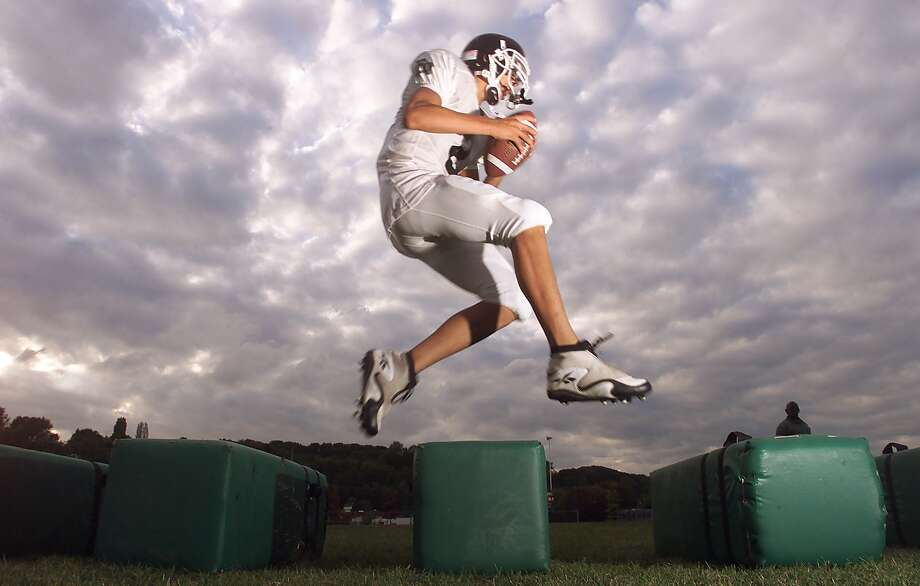 Franklin quarterback Jordan Slye is pictured during football drills in 2000. Photo: MIKE URBAN, -