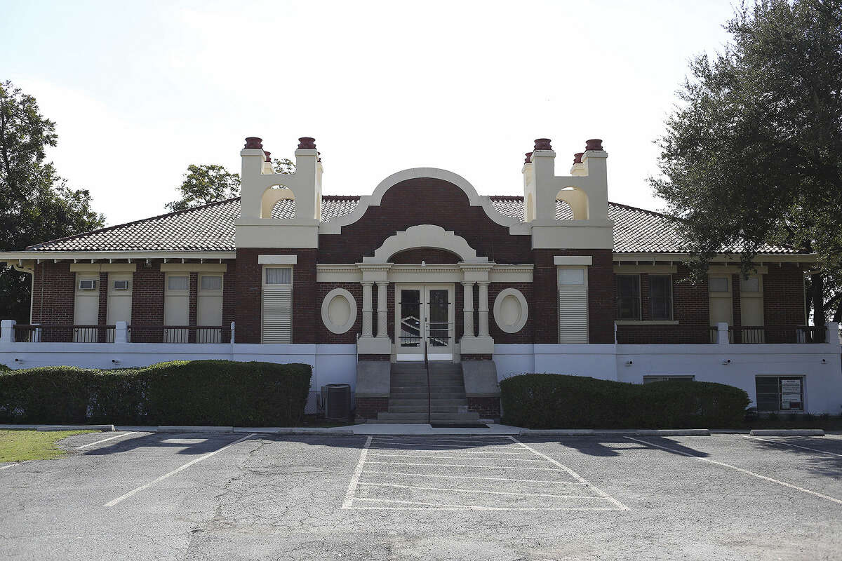 Hot Wells Ballroom, with its eclectic edifice on the Southeast Side, was built as a girls' school in 1916 then became a sanitorium before a series of incarnations as offices and clinics.