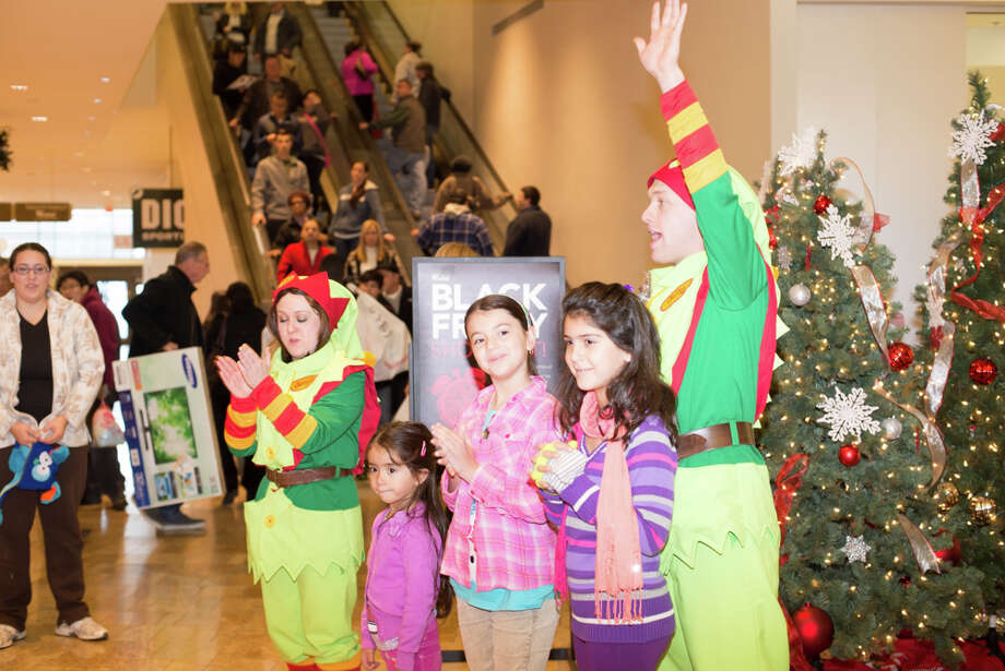 Were you SEEN at the Milford Mall on Black Friday? Photo: Andrew Merrill
