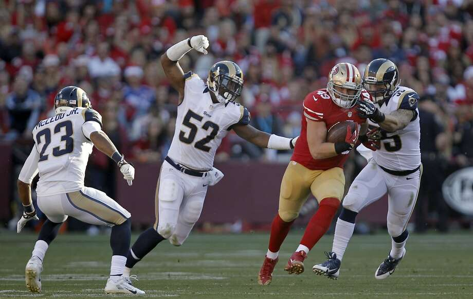 Bruce Miller has been a key blocker for 1,000-yard rusher Frank Gore. Miller had 25 catches for 243 yards along with seven carries for 13 yards in 2013. Photo: Michael Macor, The Chronicle