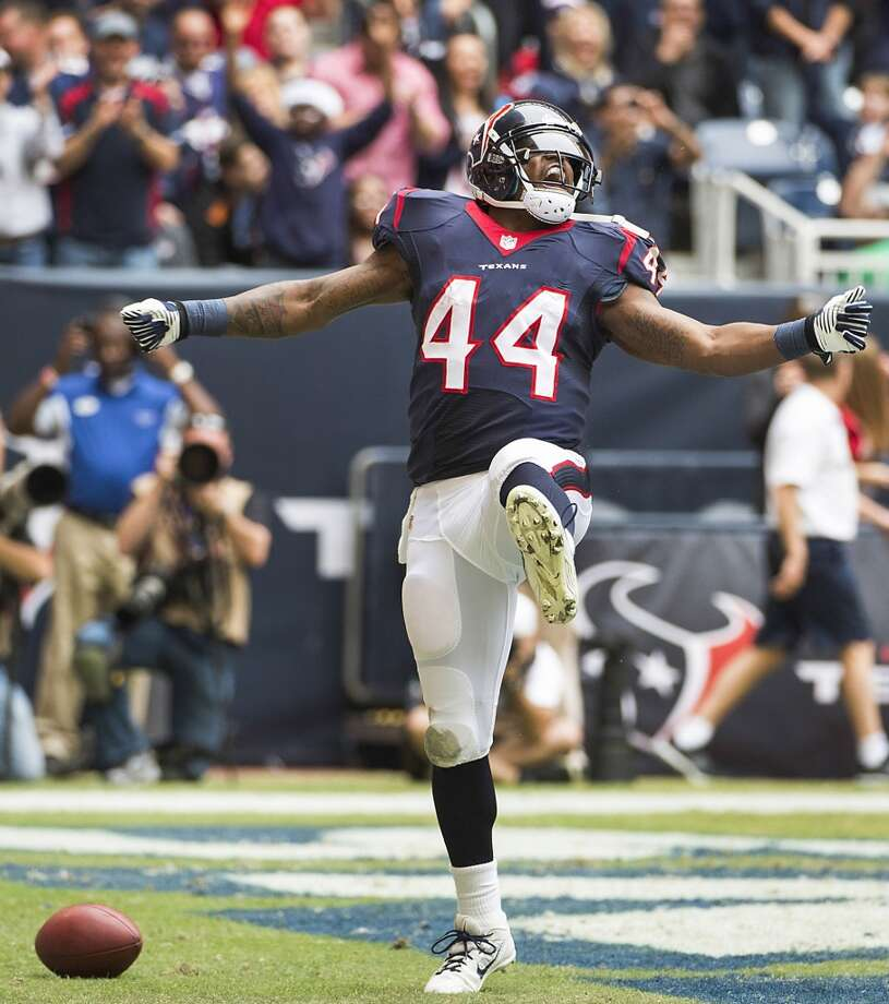Texans running back Ben Tate celebrates after scoring on an 8-yard touchdown run during the first half. Photo: Smiley N. Pool, Houston Chronicle