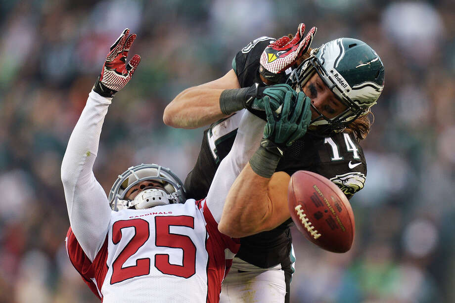 Jerraud Powers #25 of the Arizona Cardinals breaks up a pass intended for Riley Cooper #14 of the Philadelphia Eagles at Lincoln Financial Field on December 1, 2013 in Philadelphia, Pennsylvania. The Eagles won 24-21. Photo: Drew Hallowell, Getty Images / 2013 Drew Hallowell