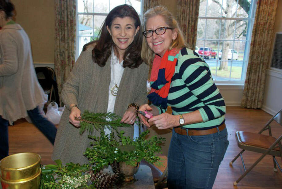 Robin Ackerman and Denise Cara will share ideas on the perfect holiday table centerpiece at a Darien Community Association workshop Dec. 10. Photo: Contributed Photo, Contributed / Darien News
