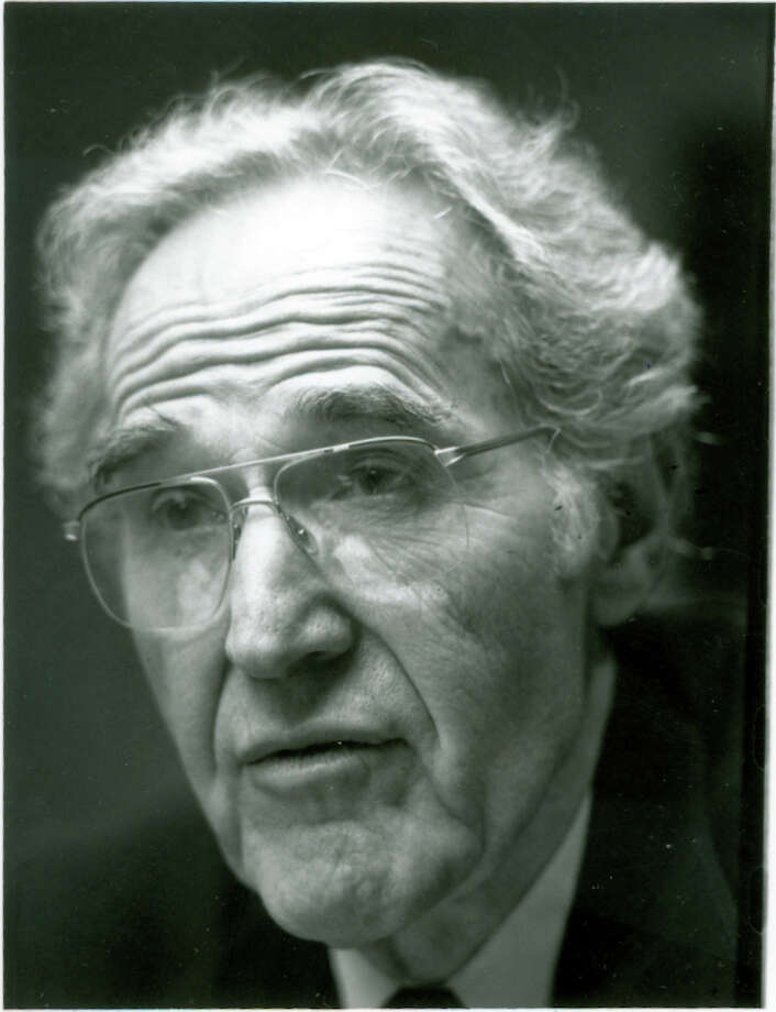 Former Newtown First Selectman Jack Rosenthal in this 1990 file photo. Photo: File Photo / The News-Times File Photo